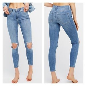 Free people high rise busted skinny Ankle jeans